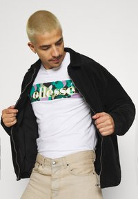Ellesse - MORELA - Print T-shirt - white - 3