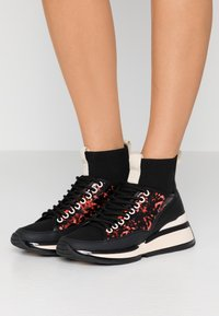 Kat Maconie - RUTHIE - High-top trainers - blush - 0