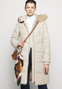 Lauren Ralph Lauren - HAND COAT HOOD - Down coat - moda cream - 6