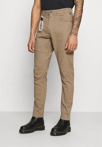 PANTS - Pantalon classique - beige
