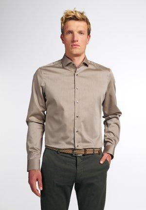 LANGARM SLIM FIT - Businesshemd - beige