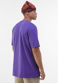 Bershka - T-shirt - bas - mauve - 2