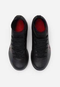Nike Performance - MERCURIAL 7 CLUB IC - Halové fotbalové kopačky - black/dark smoke grey - 3