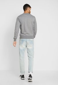 GANT - THE ORIGINAL C NECK  - Sweatshirt - dark grey melange - 2
