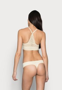 MAGIC Bodyfashion - DREAM THONG 2 PACK - Thong - latte