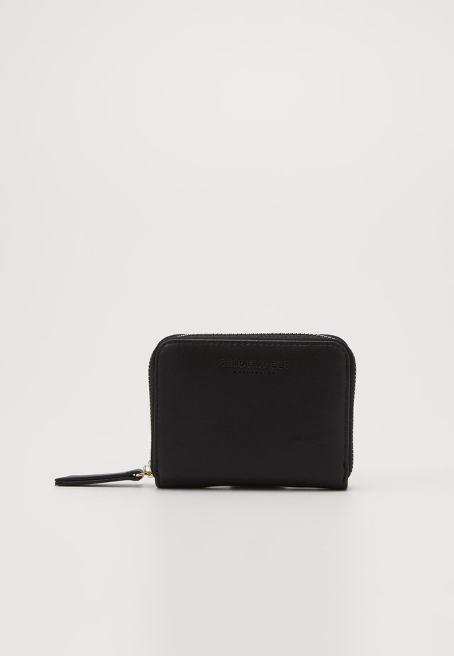 YLVA - Wallet - black