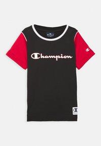 Champion - BASKET GAME CREWNECK UNISEX - T-shirt imprimé - black - 0