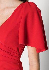 WAL G. - SIMI SLINKI MIDI DRESS - Cocktail dress / Party dress - red - 4
