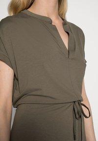 Esprit Collection - DRESS - Jerseykjole - dark khaki - 4