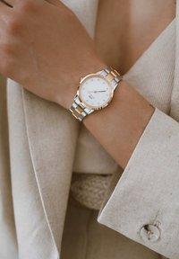 Daniel Wellington - Iconic Link Lumine – 28mm - Watch - rose gold - 0