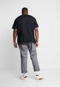 Polo Ralph Lauren Big & Tall - CLASSIC - Basic T-shirt - black - 2