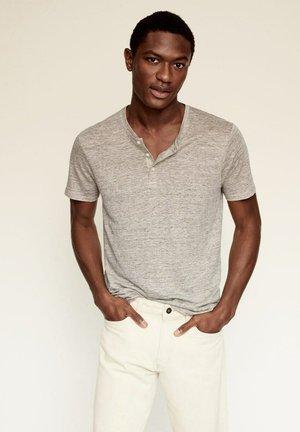 PANA - Jednoduché triko - beige