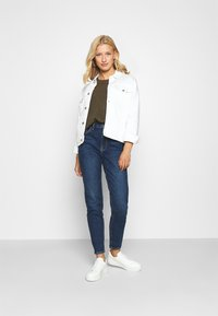Pieces - PCLEAH MOM  - Jeans relaxed fit - dark blue denim - 1