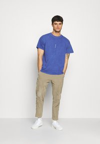 Topman - PARIS - T-shirt basic - blue - 1