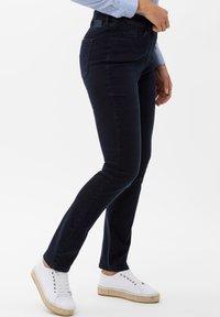 BRAX - STYLE LAURA SLASH - Slim fit jeans - dark blue mit effekt - 2