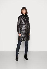 Liu Jo Jeans - IMBOTTITO OVATT LUNG - Winter coat - nero - 3