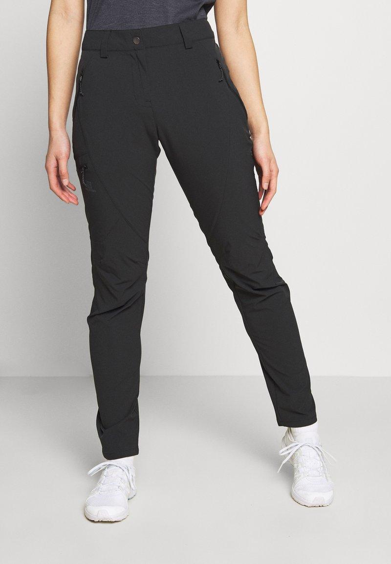 Salomon - WAYFARER TAPERED PANT - Friluftsbukser - black