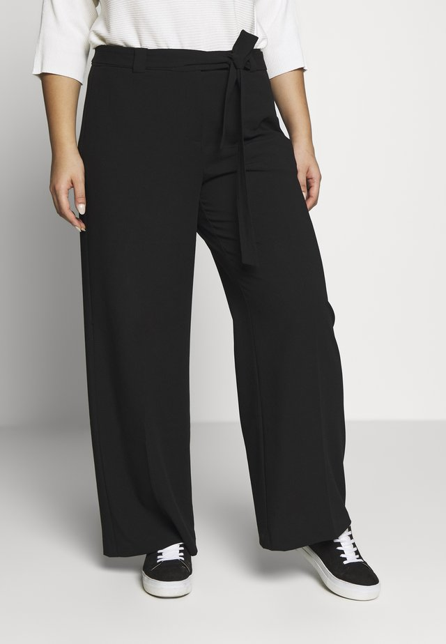 WIDE LEG BELTED PANTS - Pantalones - black