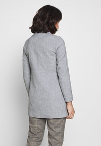 Vero Moda Petite - VMDORIT JACKET BOOS - Short coat - light grey melange - 2