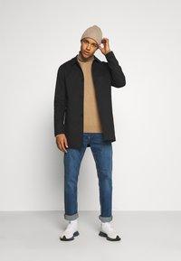 Jack & Jones PREMIUM - JJCAPE - Short coat - black - 1