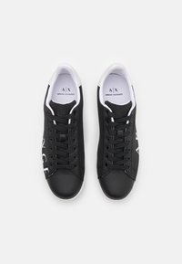 Armani Exchange - Trainers - black/optic white - 3