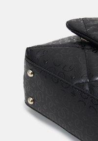 Guess - DILLA - Across body bag - black - 3