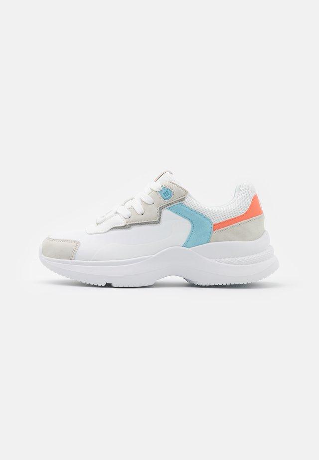 BORA - Sneakers laag - blanco