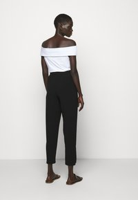Theory - SLIT PULL ON ADMIR - Trousers - black - 2