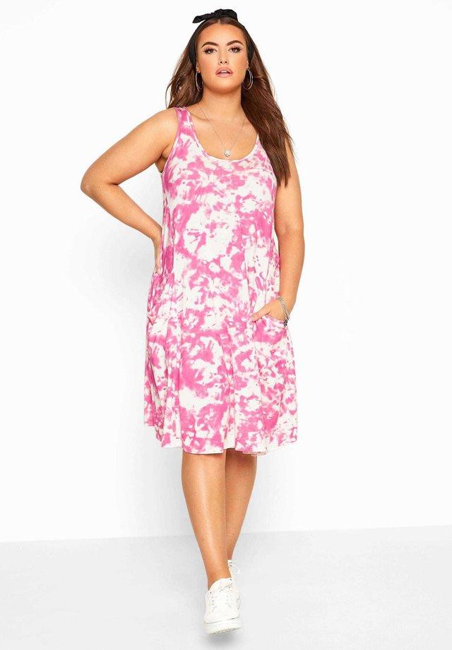 TIE DYE - Jersey dress - pink