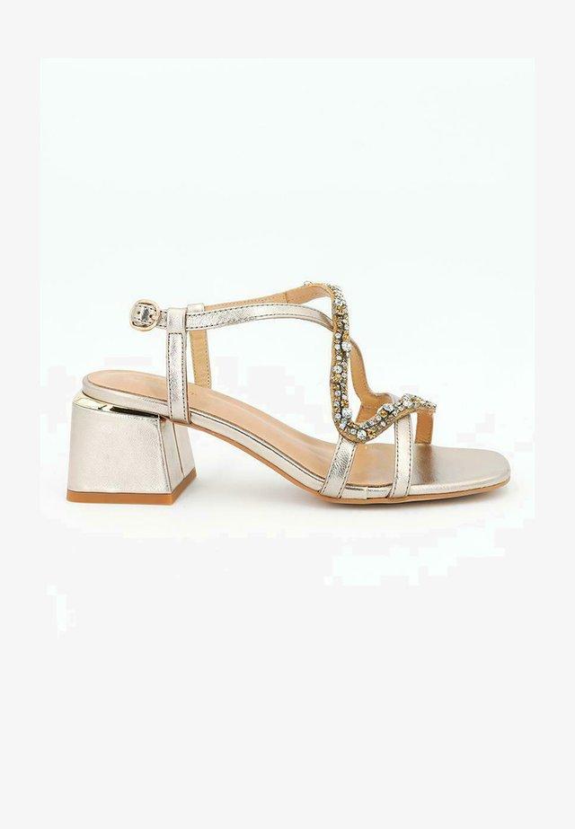 SALINA - Sandales - gold