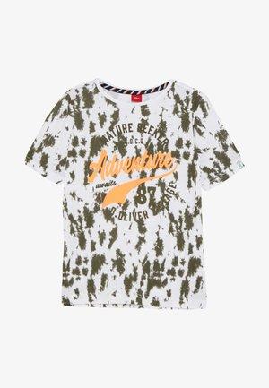 KURZARM - Print T-shirt - white/olive