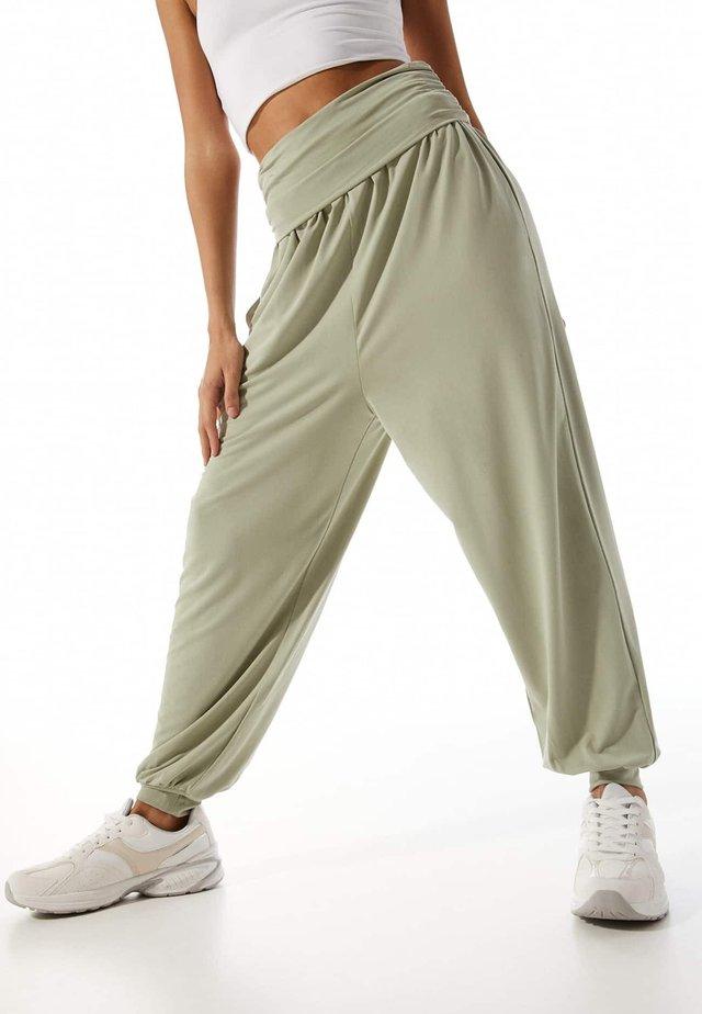 Teplákové kalhoty - mint