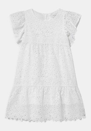 PIMPINELLA - Košilové šaty - snow white