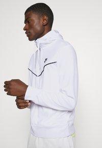 Nike Sportswear - REPEAT HOODIE - Zip-up hoodie - white - 3