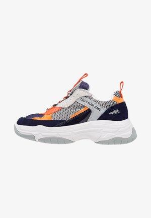 MAYA - Trainers - navy/light grey/orange