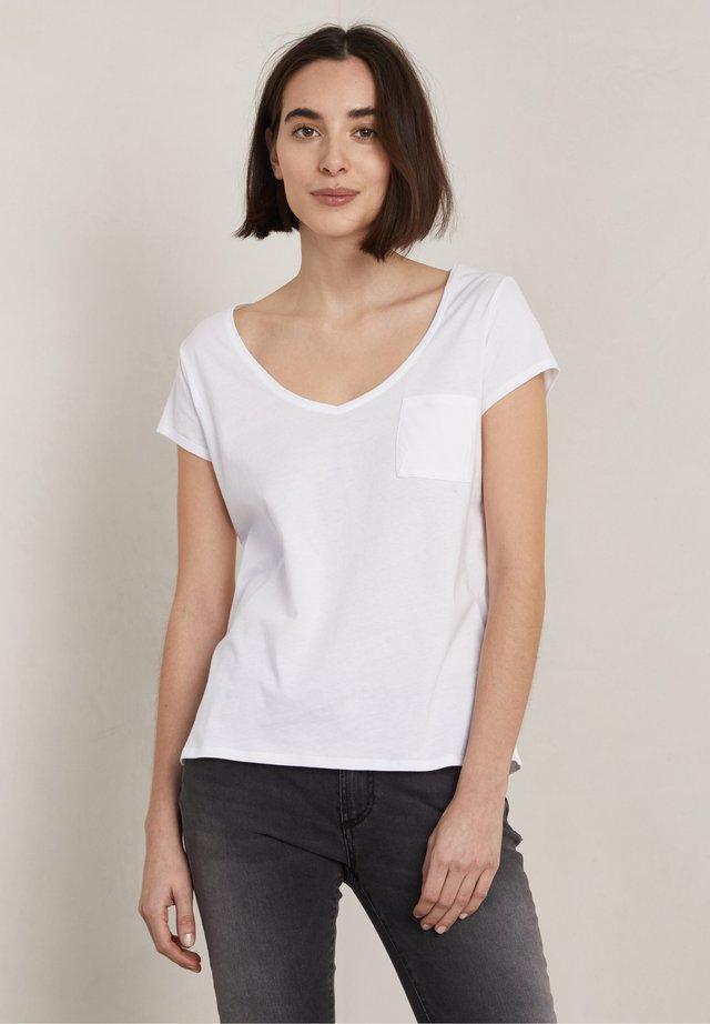 BONO - T-shirt basic - frosty chalk