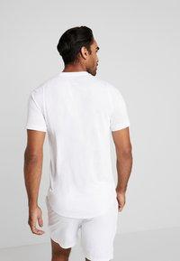 Nike Performance - DRY  - Camiseta básica - white/black - 2