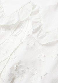 Mango - IBIZA - Button-down blouse - cremeweiß - 5