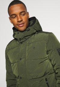 Calvin Klein - CRINKLE  - Winter jacket - green - 4