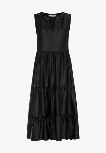 MIT STUFENVOLANTS - Day dress - schwarz