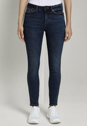 NELA - Jeans Skinny Fit - used mid stone blue denim