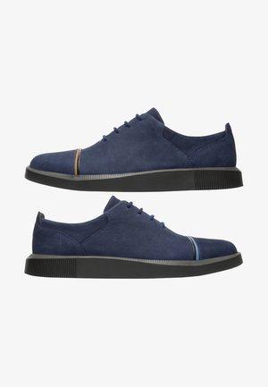 TWINS - Zapatos con cordones - blau