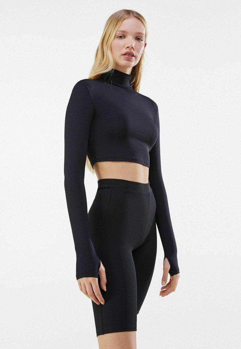 Bershka - Shorts - black