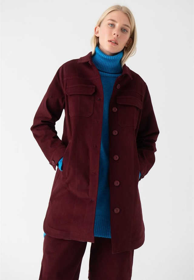 Manteau court - red