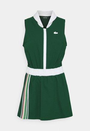 TENNIS DRESS - Robe de sport - swing/white/elf pink/malachite/navy blue