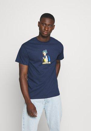 SHADOW VEGETA TEE - Print T-shirt - navy