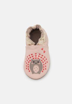 SPICY HEARTS - Babyschoenen - rose clair