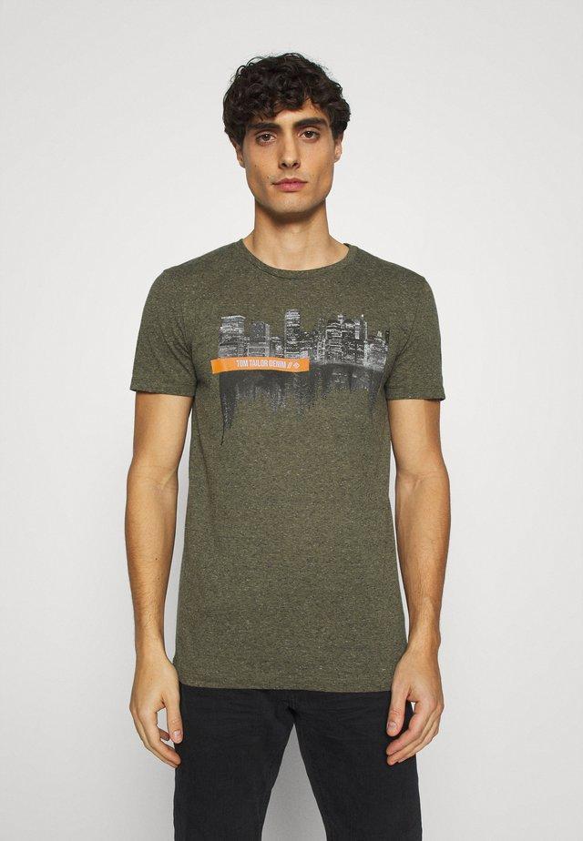 Print T-shirt - dry greyish olive melange