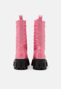 Koi Footwear - VEGAN FONTAINE - Platform boots - pink - 3