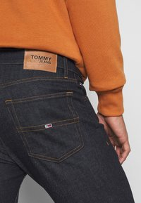 Tommy Jeans - RYAN  - Jeans straight leg - rinse comfort - 5